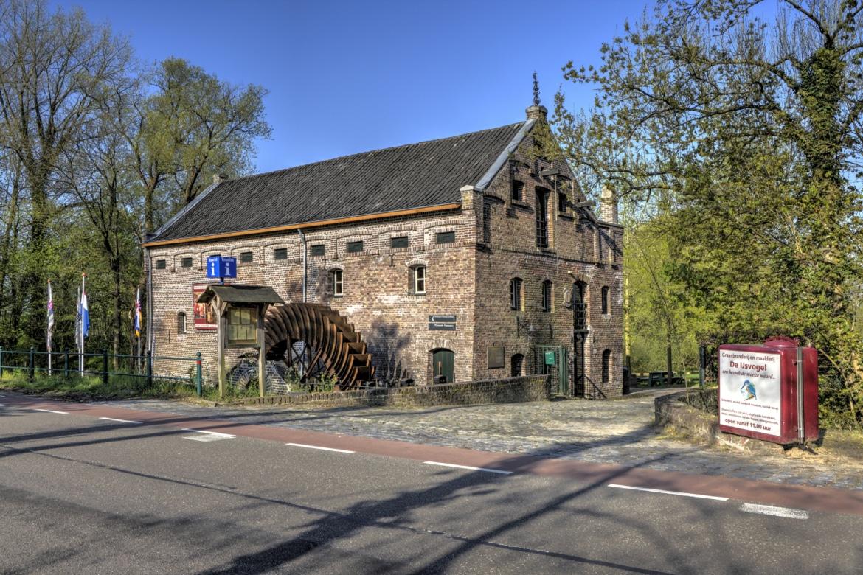 Limburgo, una terra da scoprire in bici o su comodi battelli