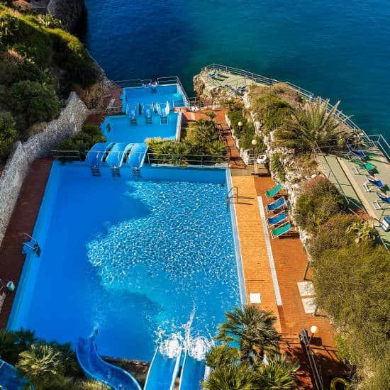 CDSHotels Terrasini un sogno sospeso fra l'azzurro mare e il blu del cielo della Sicilia