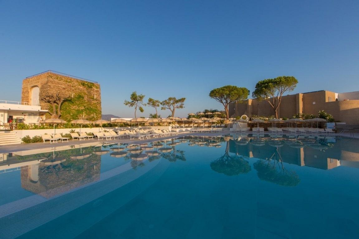 Vacanze in Sicilia: scopri l'autentica tradizione siciliana al Pollina Resort