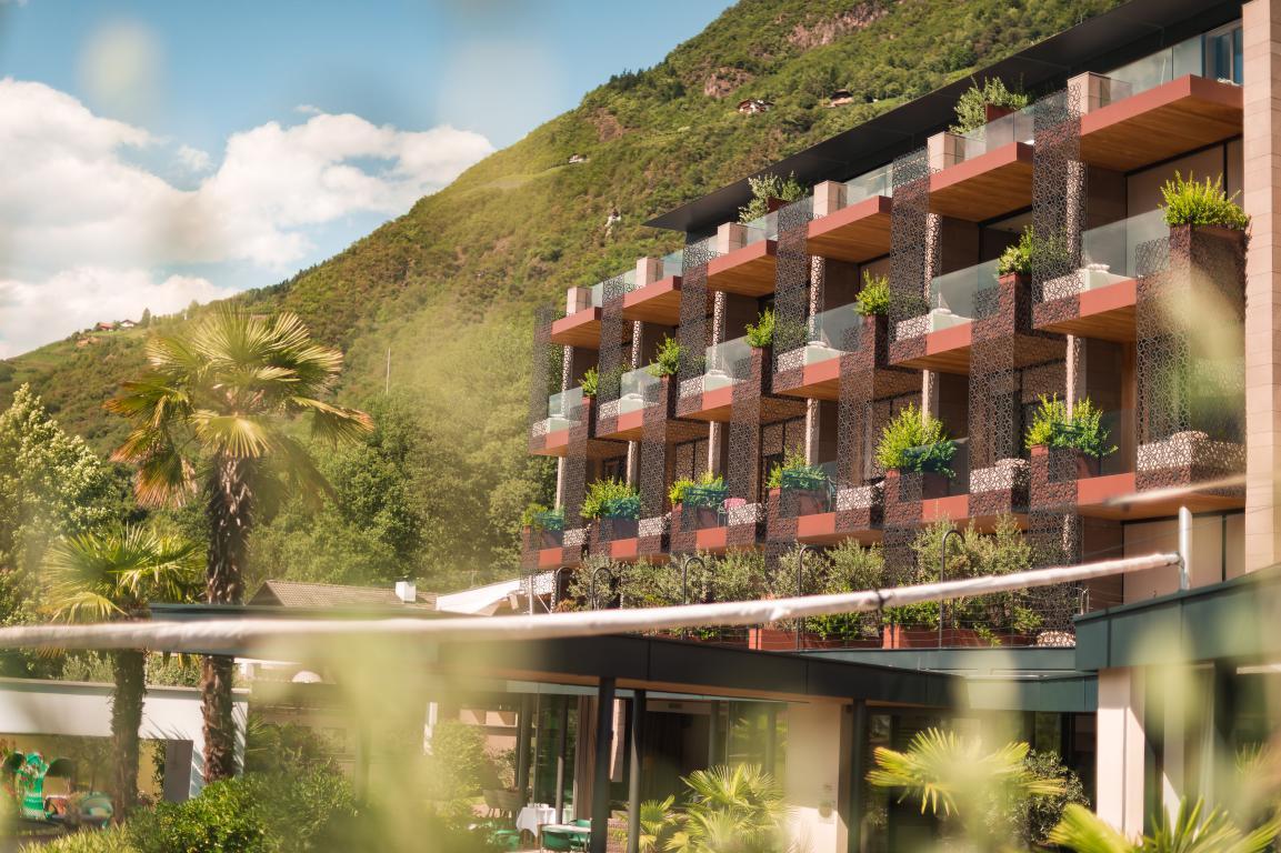 Vacanze in Alto Adige fra i vigneti all'Hotel Muchele di Postal