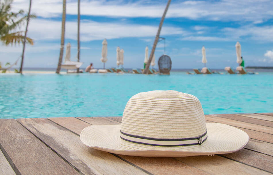 Baglioni Hotel & Resorts, alle Maldive indossa Borsalino