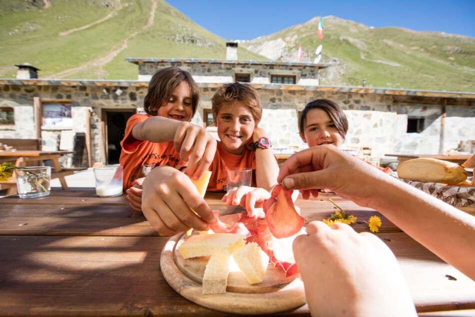 La Valtellina è a misura di bambino, per una vacanza in famiglia!